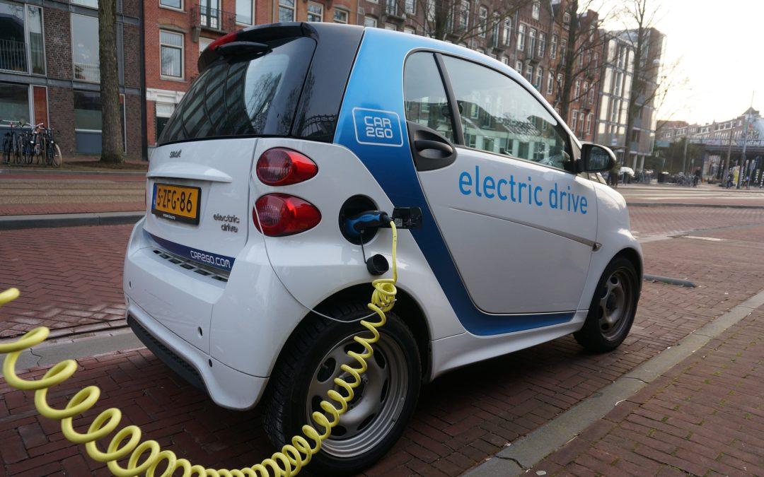 El coche eléctrico nos interesa, y mucho