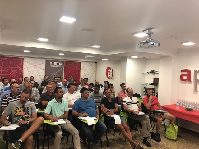 Éxito del curso 'Nuevas especificaciones de Endesa'