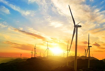 El sector de las renovables invierte 750 millones y crea 3.000 empleos en Andalucía en 2020
